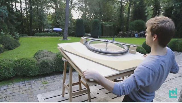 Frisbee-Wurfmaschine