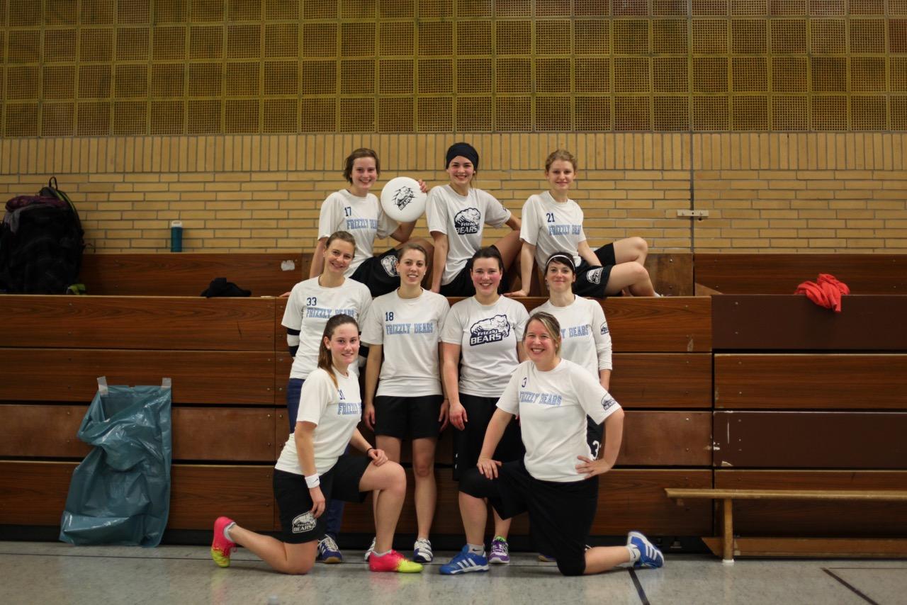 Frizzly-Bears_Frauen-Indoor2016